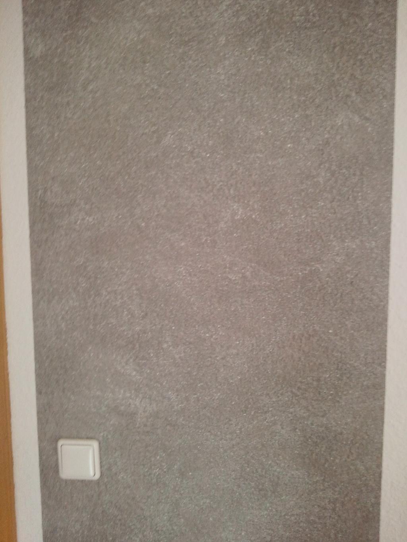 Wand wischtechnik in grau mit wei en effekt pigmenten for Wand ausbessern farbe